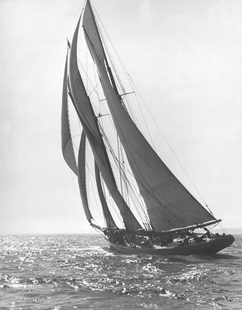 Bluenose sails away 1921 by W.R. MacAskill